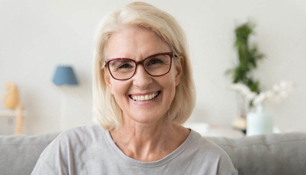 The Benefits and Risks of Dental Implants